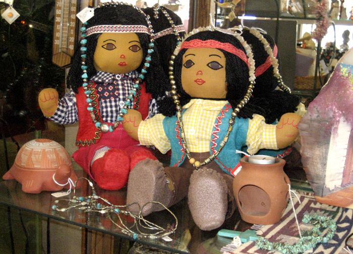 Kettelhuts-Anitques-Collectibles-Dolls-Clocks-Kingman-AZ-3
