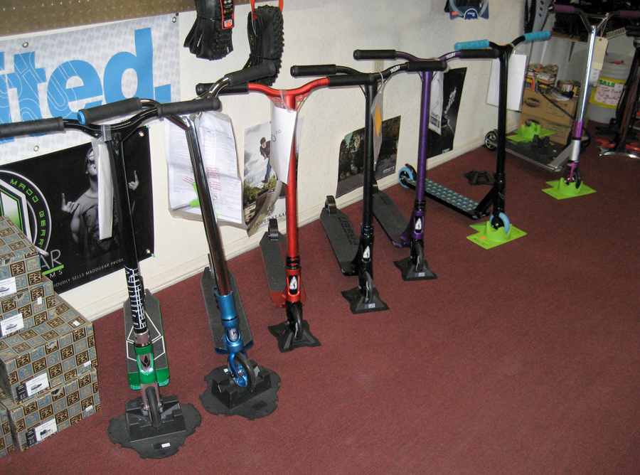 Bicycle-World-Bicycle-Shop-Repair-Kingman-AZ-Scooters